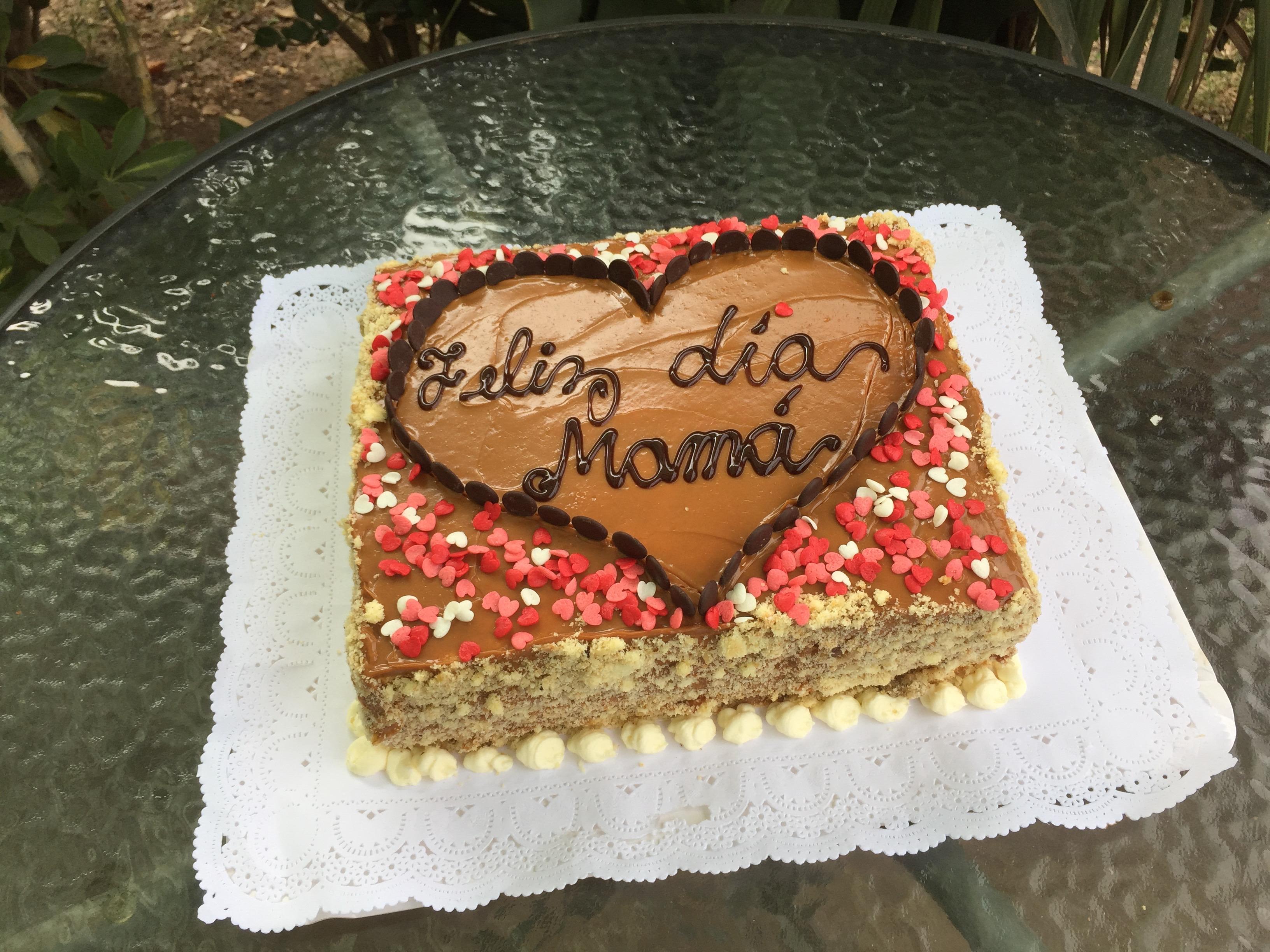 Torta Bizcocho Manjar Nuez