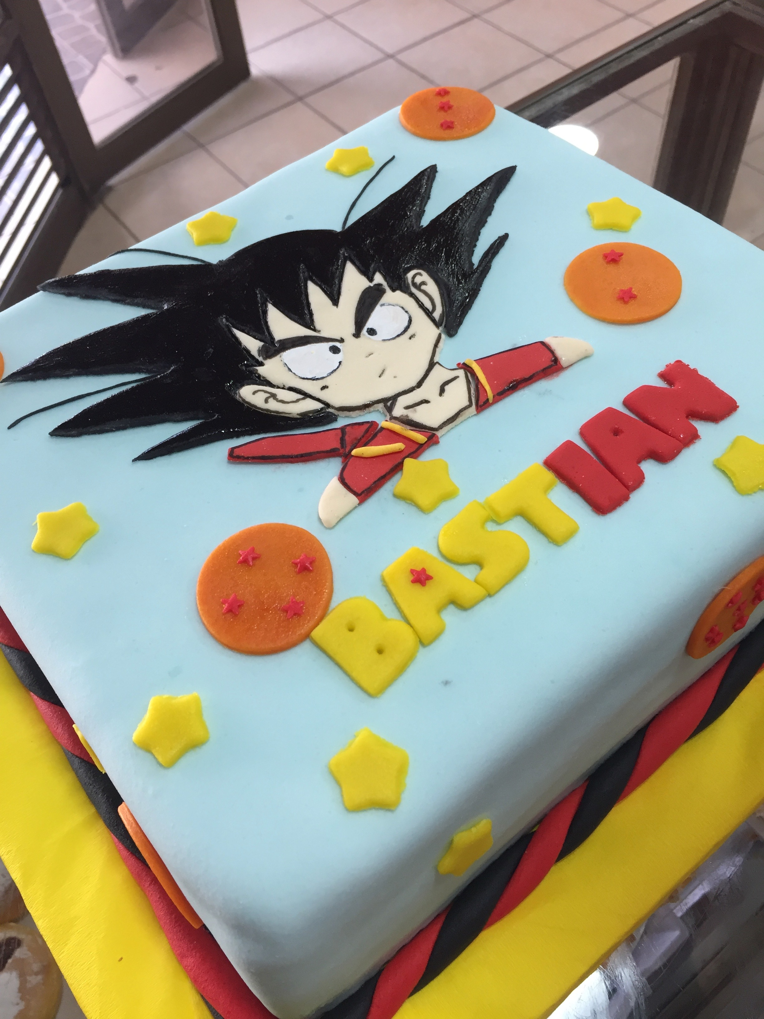 Torta Fondant Diseño Dragon Ball
